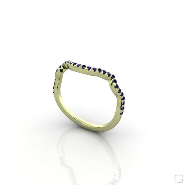 -bluesapphire--9-karat-green-gold