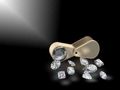 Be careful while buying diamonds on Internet